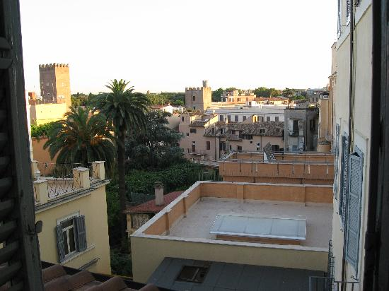 Suore di Santa Elisabetta: The view from our room.