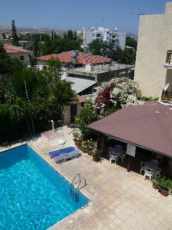 Mariela Hotel Apartments : Pool bar at Mariella