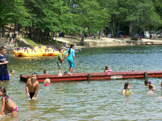 Ellis Haven Campground: pond paddle boats