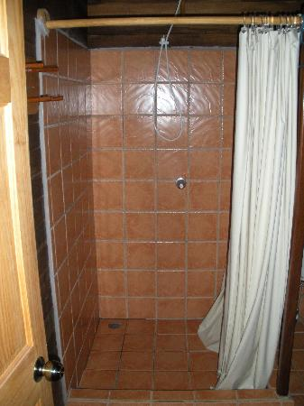 Hotel Raratonga: shower