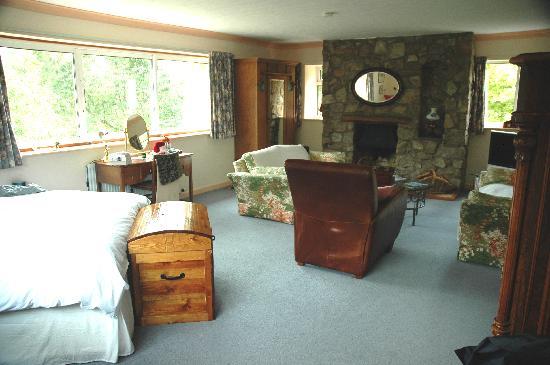 Greystones: Bedroom in one of the suites
