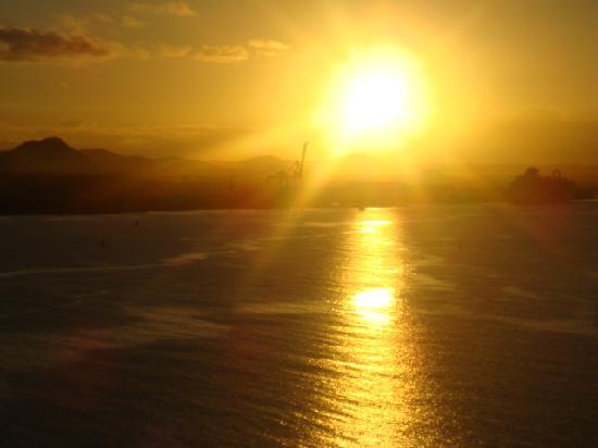 sunrise in Aruba