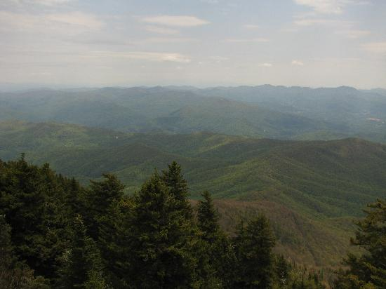 Mount Sterling: Expansive view into North Carolina
