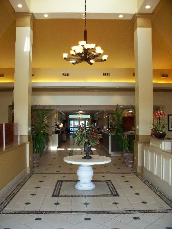 Hilton Garden Inn Chattanooga Downtown: Lobby entrance