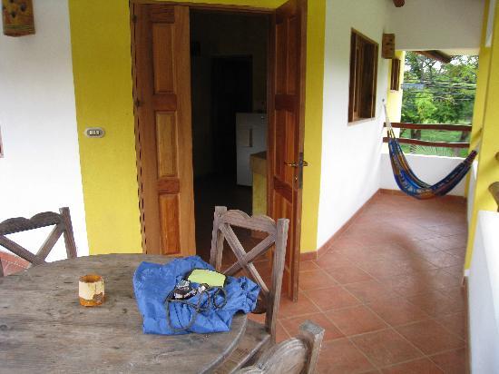 Villas Pepitas: Outside patio & hammock