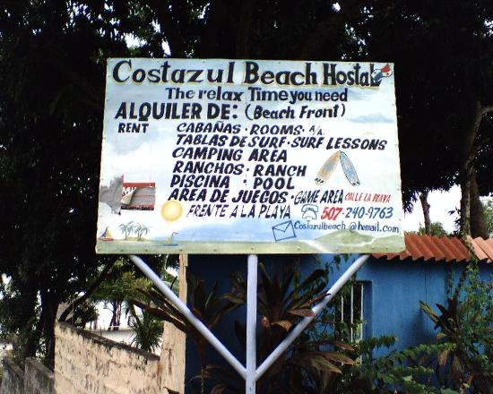 Costazul Beach: HOSTAL SIGN