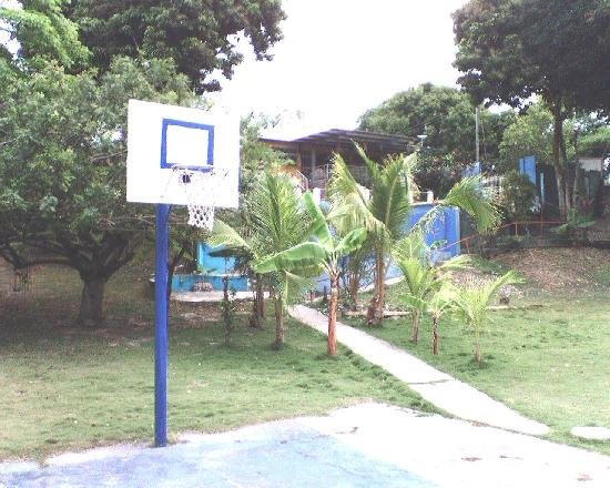 Costazul Beach: BASKETBALL COURT
