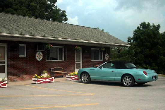 Judy's Motel PA Dutch Heritage: Judy's Motel - BEDFORD, PA