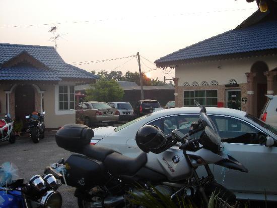 Tangkak, ماليزيا: Yard