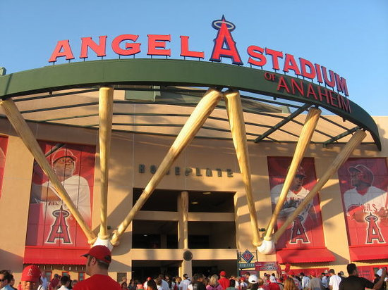 ‪Angel Stadium of Anaheim‬
