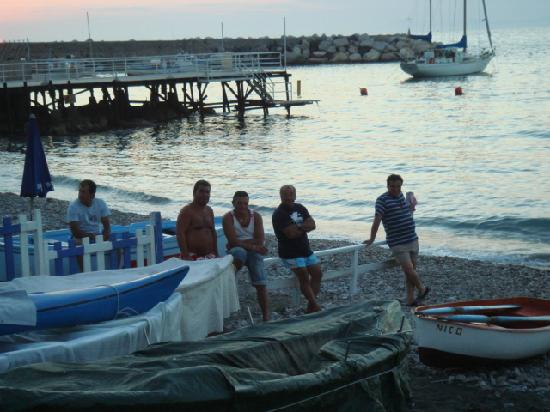 Hotel Dania : local fishermen