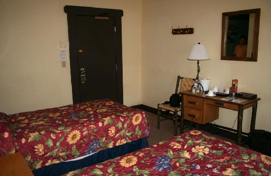 National Park Inn at Mount Rainier: Room #6