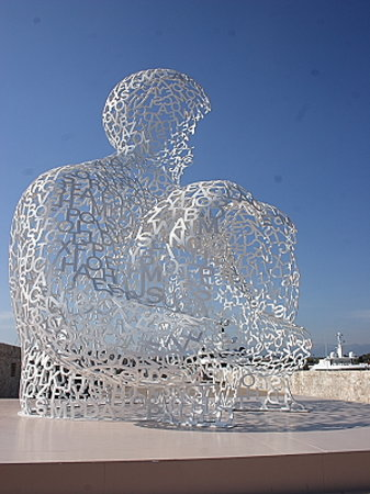 Antibes, France : Sculpture