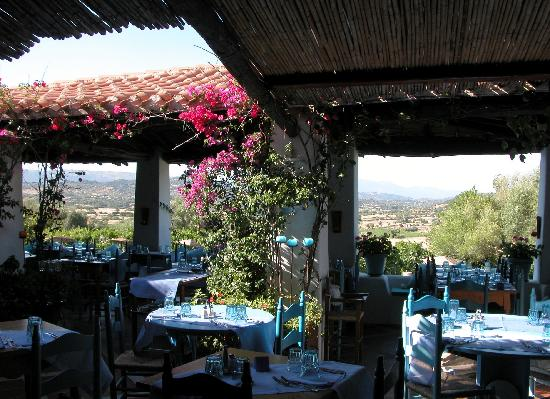 Oliena, Italie : view from restaurant