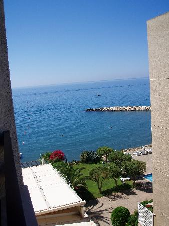 Londa Hotel : View from Side Sea View Room