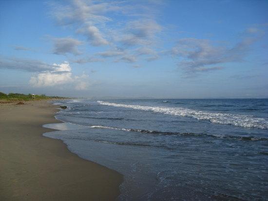 Тела, Гондурас: Playa de San Juan en Tela