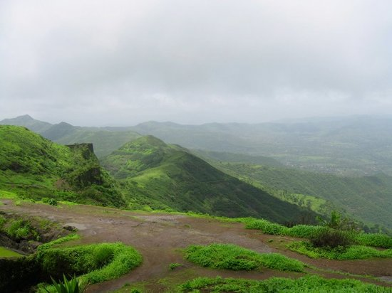 Maharasztra, Indie: Sinhgad Pics - Green and Fresh