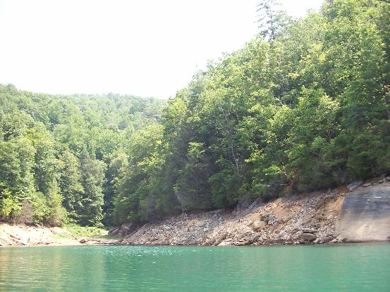 Devils Fork State Park: Cove by Waterfall