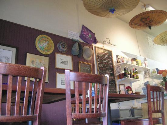 Wild Ginger Cafe : Interior of room