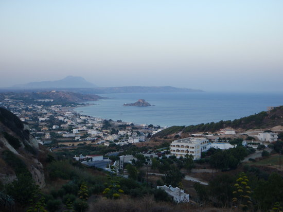 Tigaki, Greece: View over Kamari bay from Kefalos