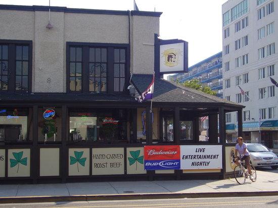 Tucker's Pub : Tuckers Pub