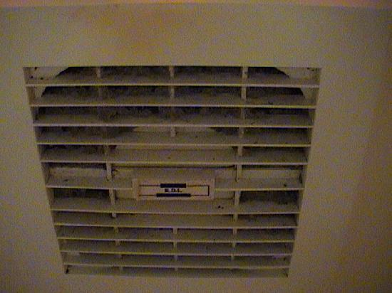 King's Cross Hotel: bath exhaust fan
