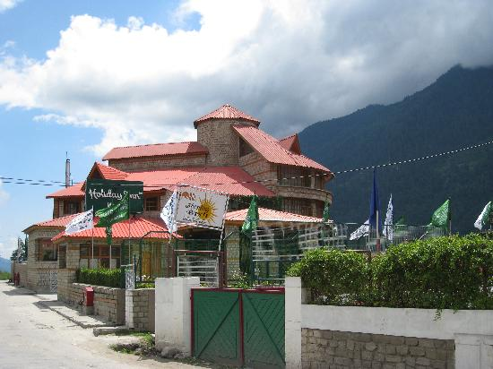 White Meadows - Manali: The building's exterior