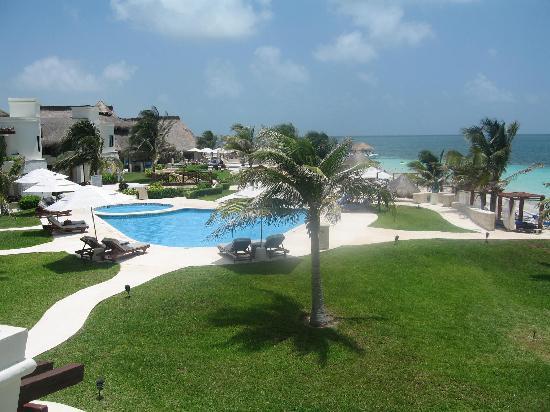 minibar picture of azul beach resort riviera maya. Black Bedroom Furniture Sets. Home Design Ideas