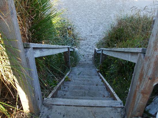 Cape Cod Cottages: Access