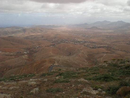 Corralejo, España: Mountain views on the road to Betancuria