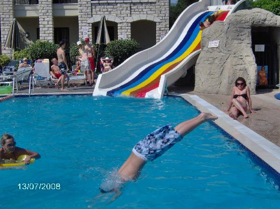 Club Alize: Josh diving in the pool