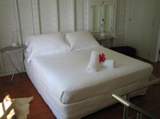 Port Douglas Cottage and Lodge: Bedroom