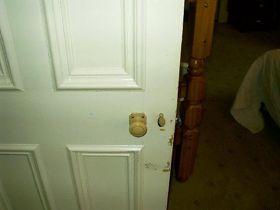 Letterfinlay Lodge Hotel: Cerradura de la puerta