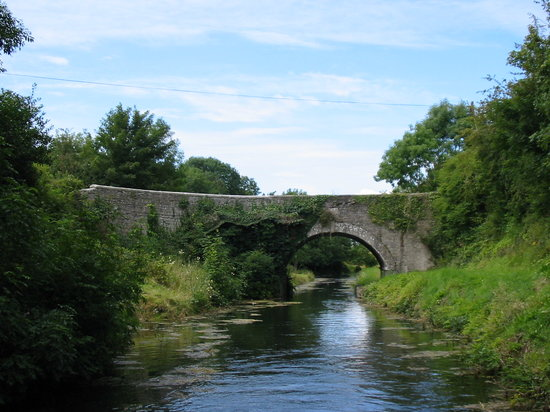County Kildare, أيرلندا: Grand Canal, County KIldare, Ireland
