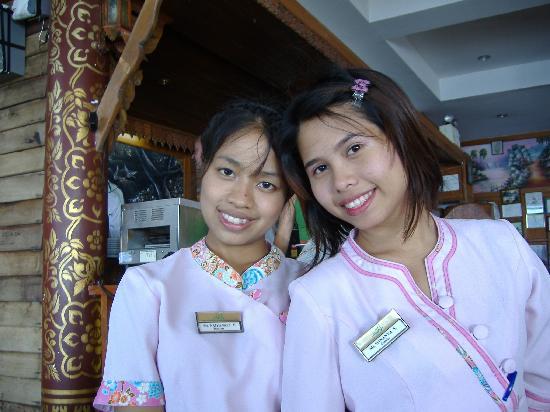 Bill Resort: Bang and Nam khaeng,cafe staff