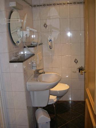 Gästehaus Franziskus-Hof: Private bath