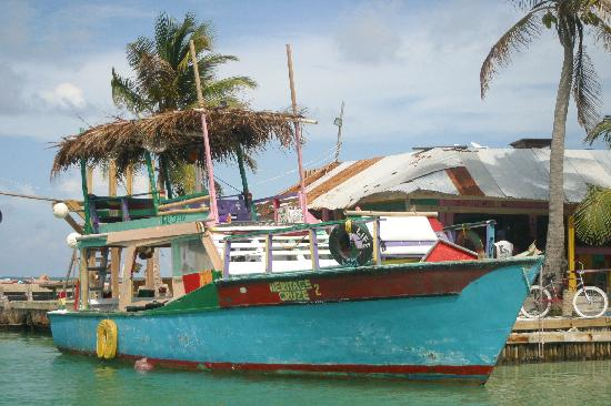 Cayes de Belice, Belice: Local Color