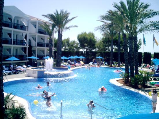 Inturotel Sa Marina: Pool area