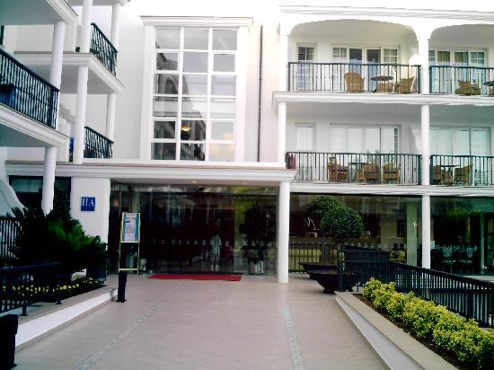 Inturotel Sa Marina: Main hotel entrance