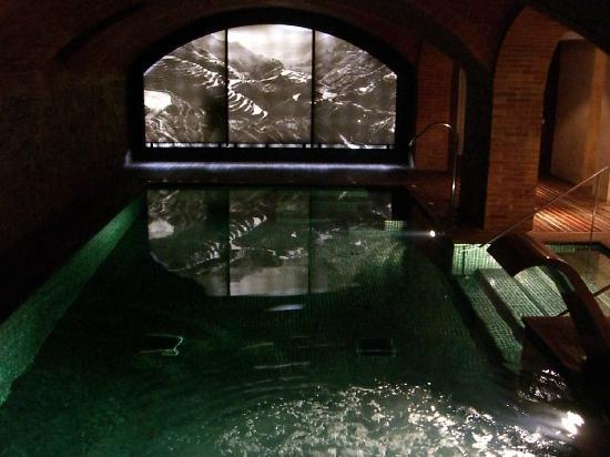 Hotel 1898: Le spa dans les anciennes caves