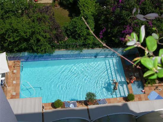 Amarante Cannes Hotel: Vista dall'alto della Piscina