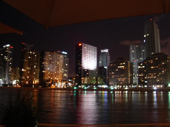 Mandarin Oriental, Miami: sitting at cafe sambal