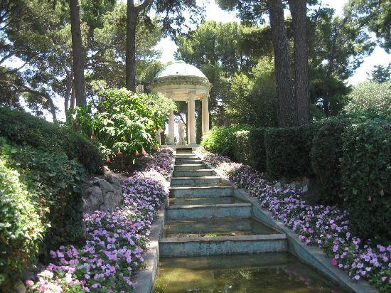 Villa & Jardins Ephrussi de Rothschild : Water Feature, Villa Rothschild
