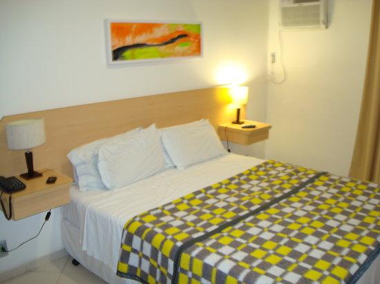 Imbetiba Palace Hotel: Room