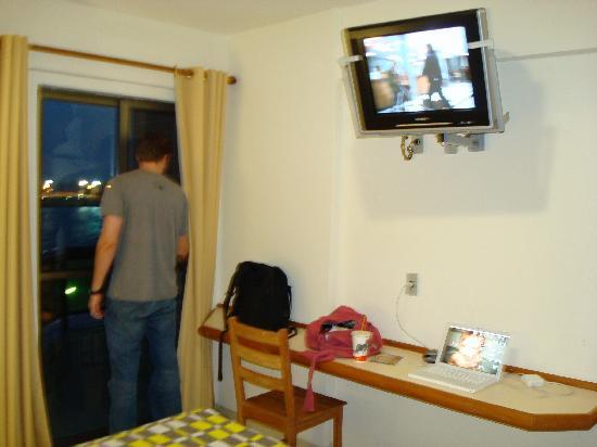 Imbetiba Palace Hotel: Room 2