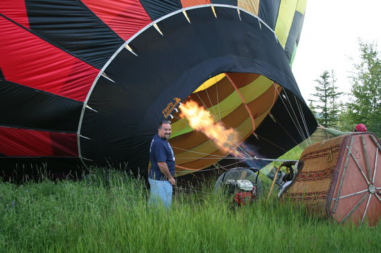 Midnight Sun Balloon Tours : Inflating Balloon Before Takeoff