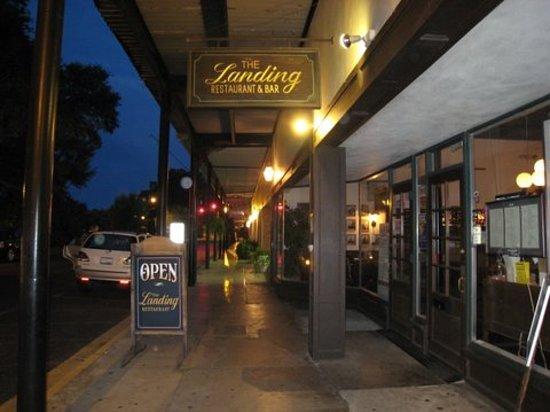 Landing Restaurant: The Landing