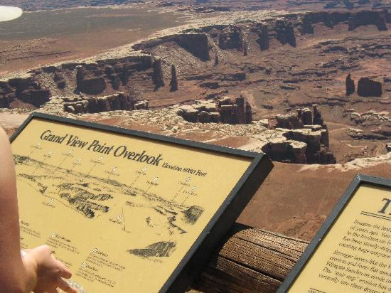 Rustic Inn: Canyonlands - Grand View Overlook