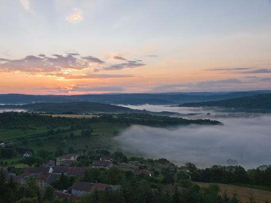 Chateau Andelot: Sunrise over Andelot-les-St. Amour from the Terrace