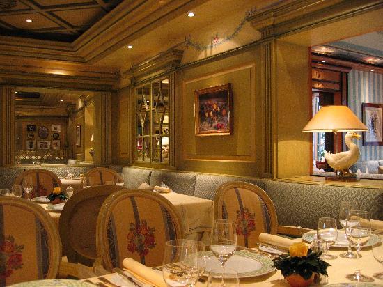 Hotel Bareiss: Restaurant view